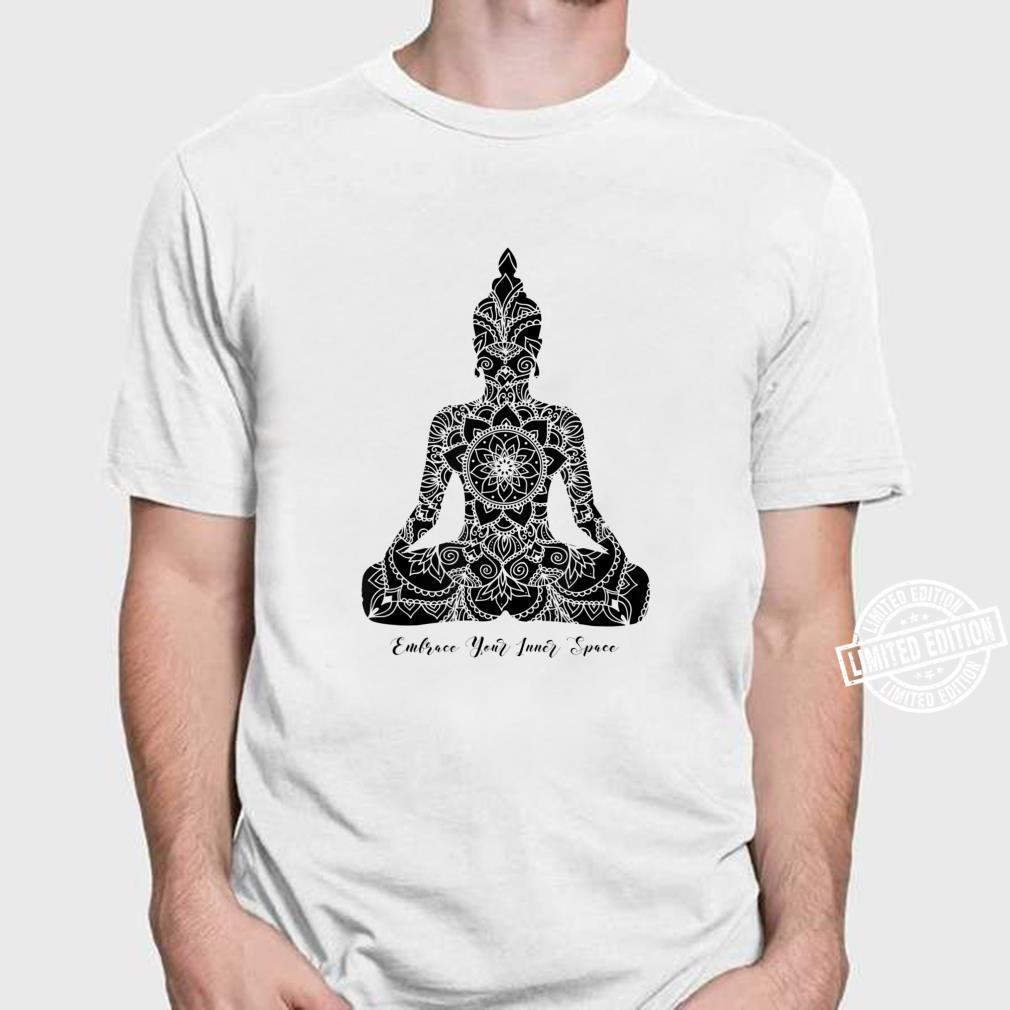 Umfassen Sie den Inneren Raum Chakra Mandala Meditation Yoga Shirt